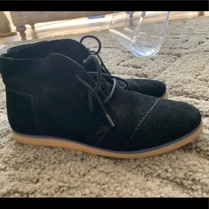 TOMS Suede Boot